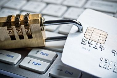 Bezpieczeństwo w przypadku kart płatniczych